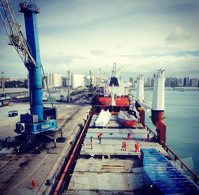 Cearense ganha concurso mundial com fotos do porto do Mucuripe