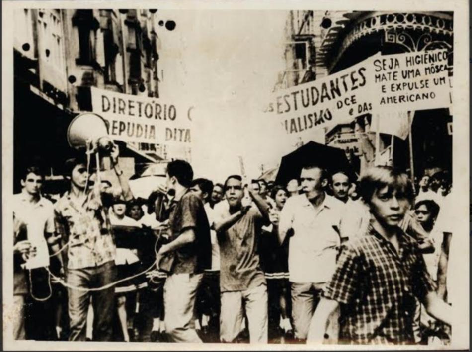 Exposição sobre lutas políticas locais acontece no Museu do Ceará
