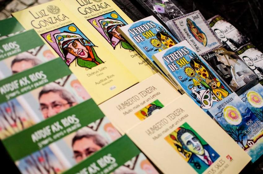 Feira literária dá oportunidade a autores e editoras cearenses independentes