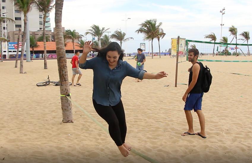 Testamos o serviço que empresta equipamentos esportivos na Praia de Iracema. Vale conferir!