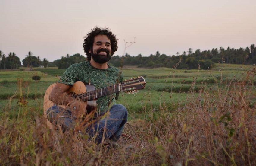 Músico cearense faz apresentação em homenagem a Belchior em Israel