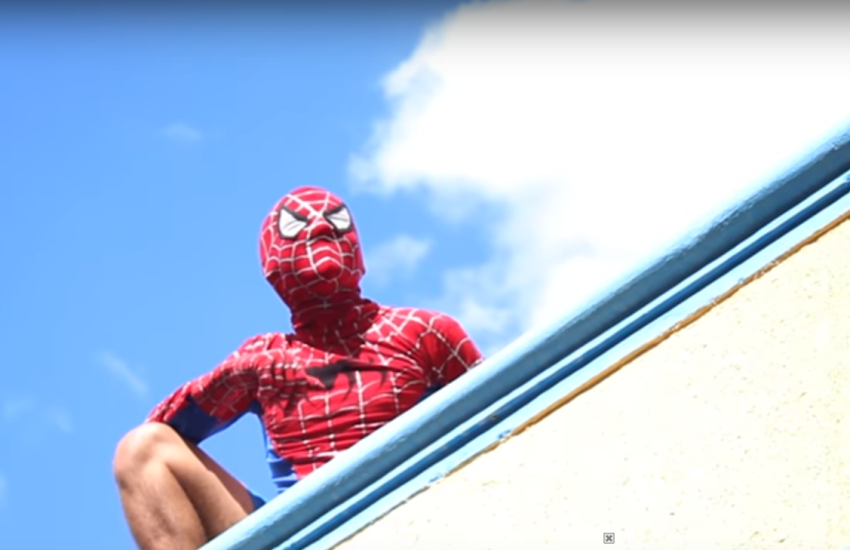 Canal de Juazeiro faz vídeos bem-humorados de super-heróis com sotaque cearense