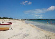 Praia é uma excelente pedida para um feriado prolongado (FOTO: Flickr/Creativ Commons/Rosanetur)