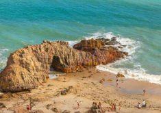 A praia já foi eleita também uma das lindas do mundo (FOTO: Divulgação)