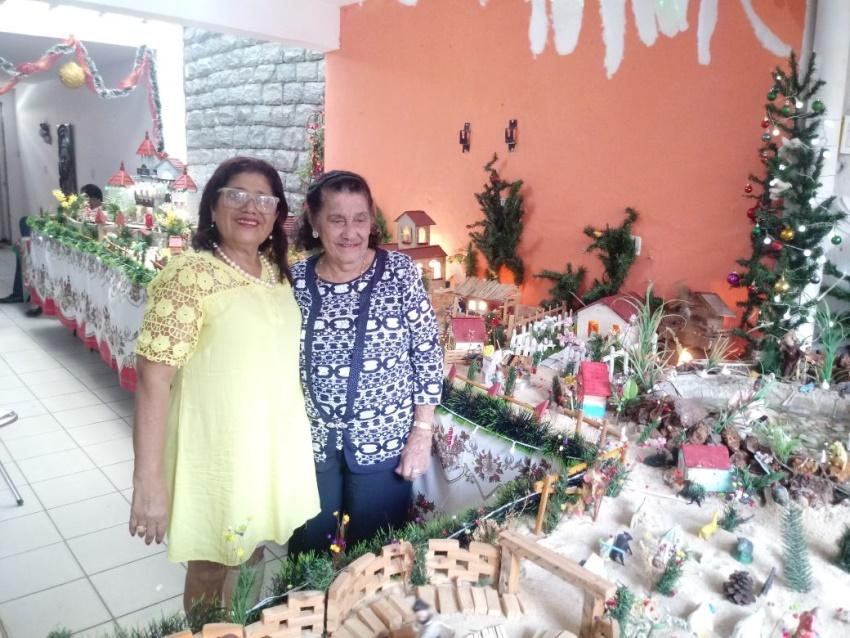 Cearense monta há 7 décadas uma mega lapinha de Natal em casa no Mucuripe