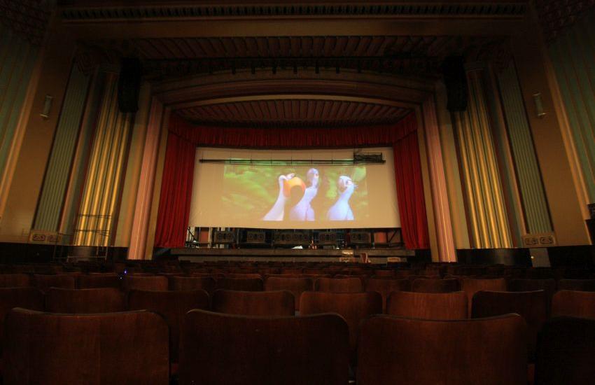 Cineteatro São Luiz oferece entrada gratuita para 25 filmes nas férias