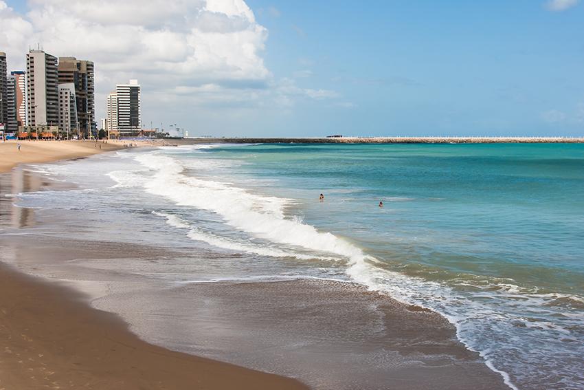 Jornal francês visita Fortaleza e aponta três motivos para conhecer o Ceará