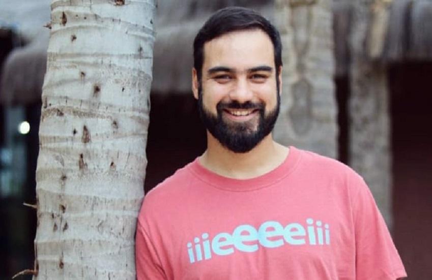"""Corralinda"": marca de camisetas estampa expressões do cearensês"