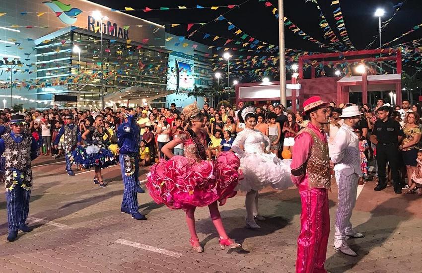 Shopping em Fortaleza recebe festa de São João com show de Noda de Caju