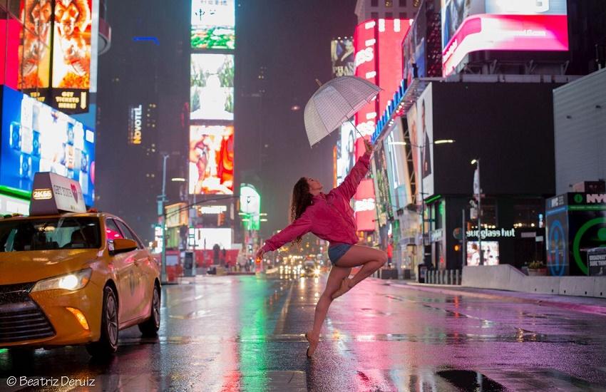 Bailarina cearense participa de ensaio fotográfico inspirador em Nova York