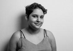 Júlia Pinto tem 15 anos e já participou da 1ª edição do Plural na Praia de Iracema (FOTO: Igor de Melo)