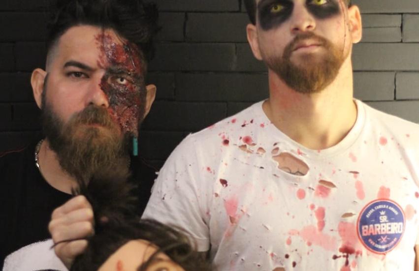Barbeiros surpreendem clientes com fantasias assustadoras em Fortaleza