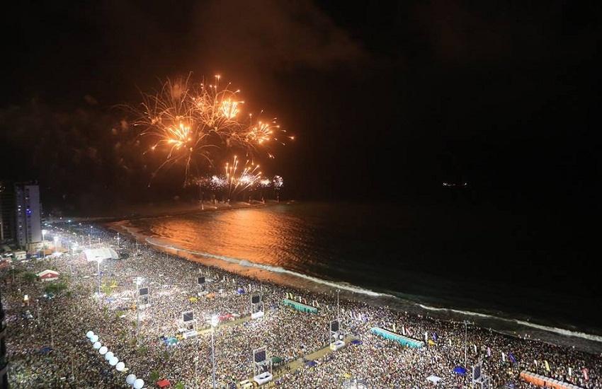 Fortaleza é a 2ª cidade mais procurada por brasileiros para comemorar o Réveillon