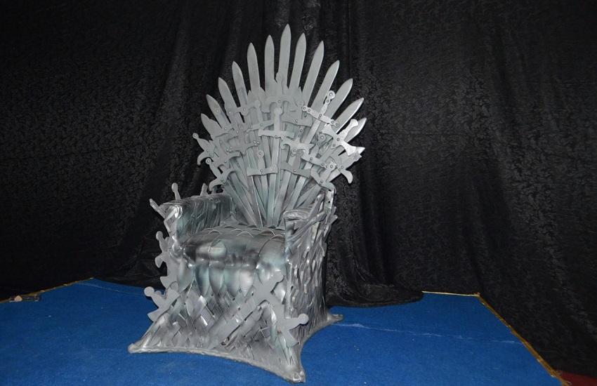 Trono de Game of Thrones em Ipu