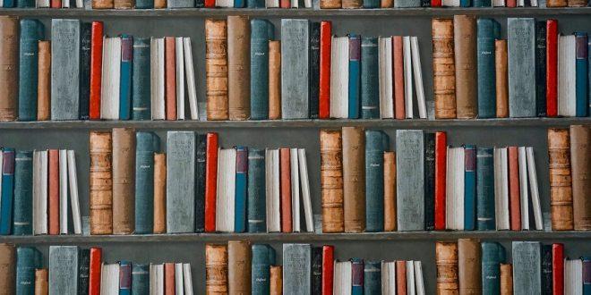 Evento gratuito promove mesas de conversa com apaixonados por livros