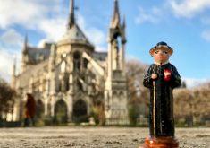 A mini estátua de Padre Cícero já esteve na Catedral de Notre Dame, em Paris (FOTO: Jari Vieira)