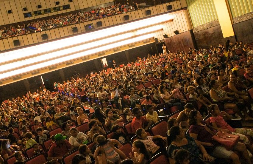 Cineteatro São Luiz tem exibição de filmes gratuitos durante programação de férias