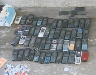 Cresce o número de celulares apreendidos nos presídios