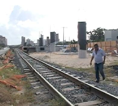 Além de atrasadas, obras do VLT de Fortaleza estão paradas