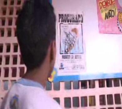 Alunos de escola em Fortaleza usa tempo livre para cuidar do meio ambiente