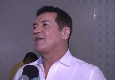 Cantor Berto Barbosa se envolve em poliêmica (FOTO: Reprodução TV Jangadeiro)