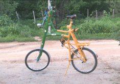 Bicicleta de 2 andares faz sucesso em Ipueiras (FOTO: Reprodução TV Jangadeiro)