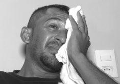 Nílton César sofre com dor e sem atendimento em hospital de Fortaleza (FOTO: Reprodução TV Jangadeiro)