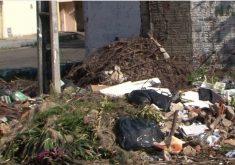 Grande quantidade de lixo espalhado em Fortaleza (FOTO: Reprodução Nordestv)