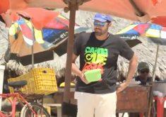 Repórter vive um dia como vendedor ambulante (FOTO: Reprodução TV Jangadeiro)