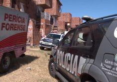 O imóvel é localizado em uma área de difícil acesso (FOTO: Reprodução/TV Jangadeiro)