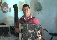 Lucineudo, um sanfoneiro que não toca forró (FOTO: Reprodução Nordestv)