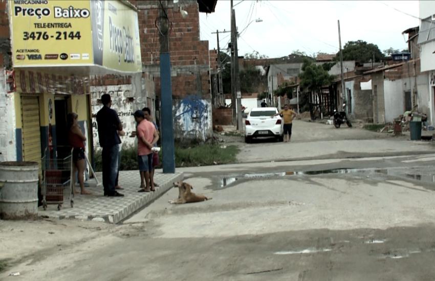 Após chacina, comunidade em Fortaleza tenta voltar à rotina