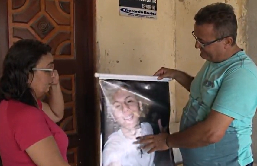Familiares de vítimas da Chacina de Messejana revivem angústia após crime nas Cajazeiras