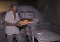 Padeiro de Ipueira faz pão há 68 anos (FOTO: Reprodução TV Jangadeiro)