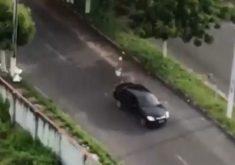 Equipe de reportagem simula trajeto de vitimas de bandidos(FOTO: Reprodução TV Jangadeiro)