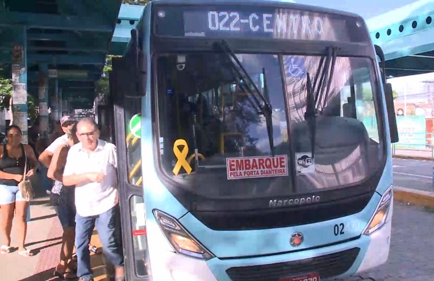 Número de assaltos a ônibus volta a crescer em Fortaleza