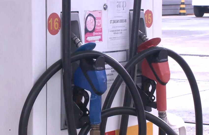 Motoristas preferem abastecer com etanol, diante do aumento do preço da gasolina