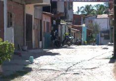 Facções expulsam de suas próprias casas (FOTO: Reprodução TV Jangadeiro)