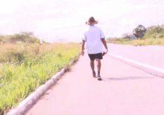 Edílson Lima Azevedo vai andar 1.200km(FOTO: Reprodução TV Jangadeiro)