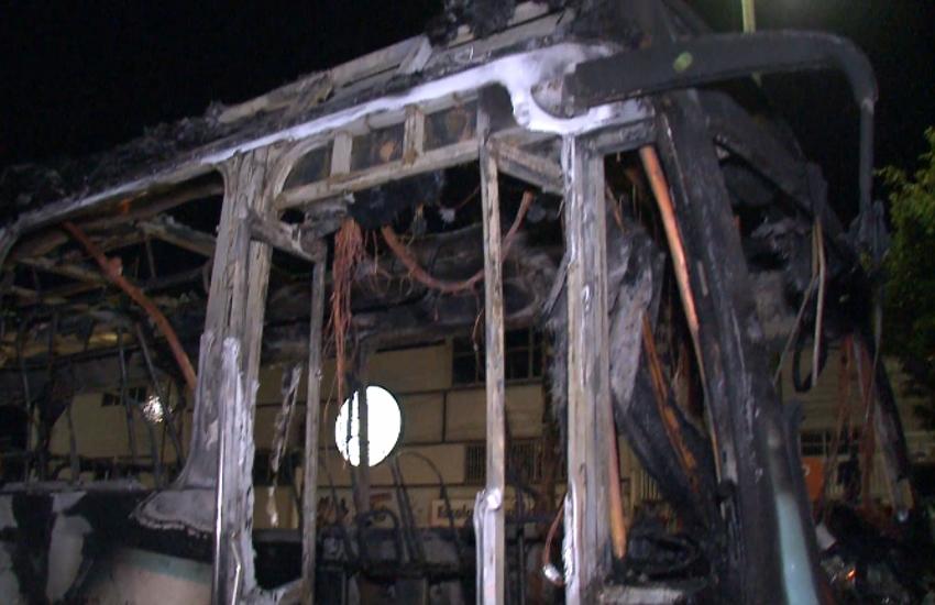 Cobrador deficiente relata desespero para sair de ônibus durante atentado