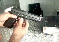Falsa bíblia escondia pistola da polícia com 15 munições (FOTO: Reprodução TV Jangadeiro)