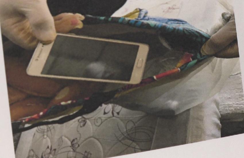 Polícia encontra uma média de 15 celulares por cela em presídio