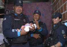 Policiais militares do bem ajudam no parto dentro de viatura (FOTO: Reprodução TV Jangadeiro)