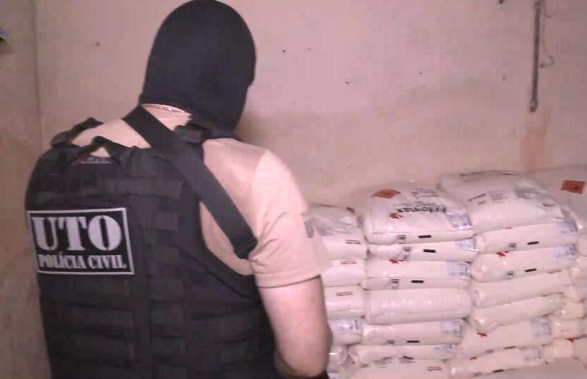 Carga de explosivos apreendida estava sob domínio do Comando Vermelho, diz General Theophilo
