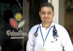 Ítalo Rossi estuda medicina par salvar outras vidas (FOTO: Reprodução TV Jangadeiro)