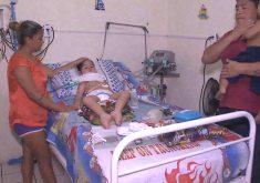 Pais pedem ajuda para tratamento do filho (FOTO: Reprodução/TV Jangadeiro)