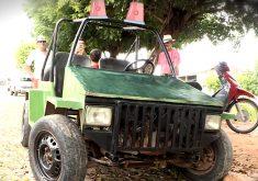 Mecânico cria próprio carro em Ipu (FOTO: Reprodução TV Jangadeiro)