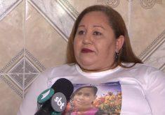 Mãe relata a perda da filha vítima de bala perdida (FOTO: Reprodução TV Jangadeiro)