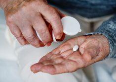 Pacientes não têm condições de custear medicamentos para tratamentos de saúde. (Foto: Pexels)