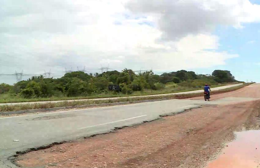 Buraqueira em rodovias cearenses afeta o turismo, setor fundamental da economia local